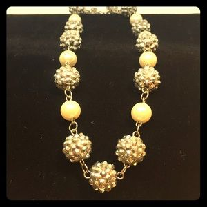Pearl and sparkle Baubbled necklace Choker